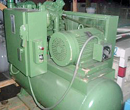 Used 20 HP Reciprocating Air Compressor 65 cfm-125 psi - 1969 with 480 volt disconnect - 566008